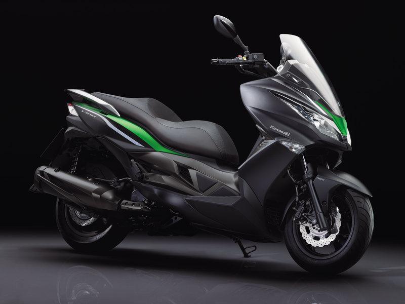 Foto Kawasaki J 300 2014 Frontal Derecho 14