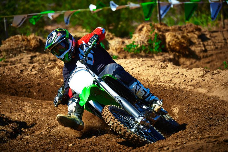 Foto Kawasaki KX250F 2015 Dinamica 38