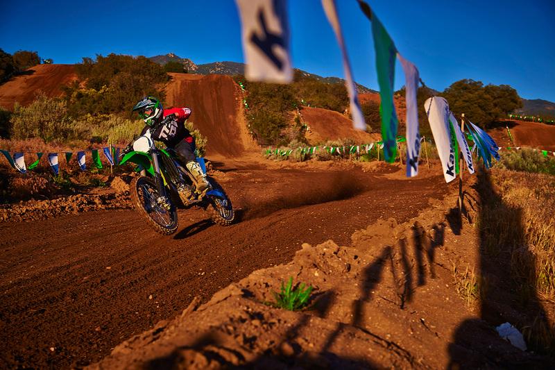 Foto Kawasaki KX250F 2015 Dinamica 39
