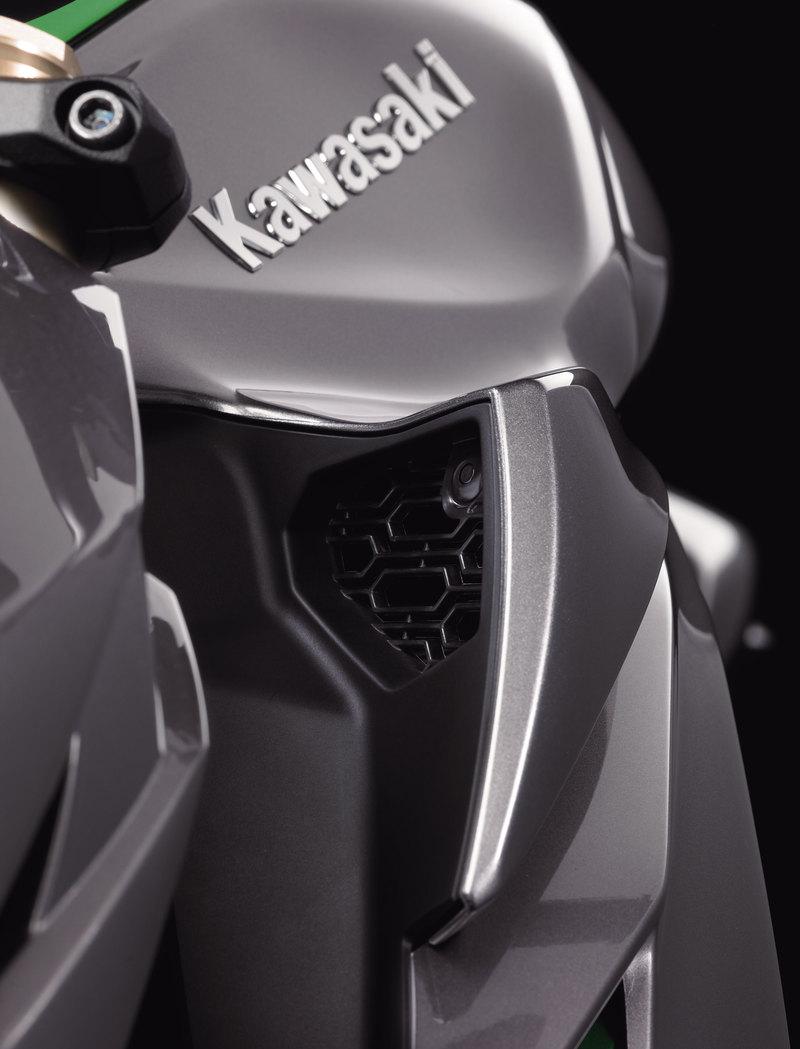 Foto Kawasaki Z 1000 2014 Detalles 3