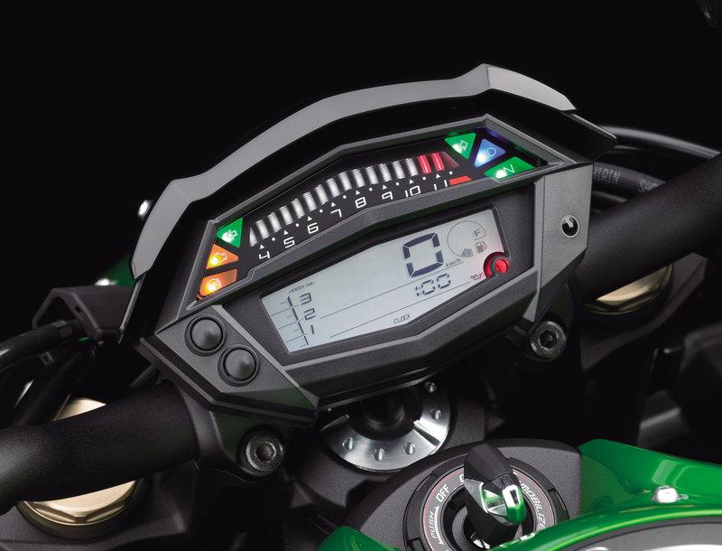 Foto Kawasaki Z 1000 2014 Detalles 8