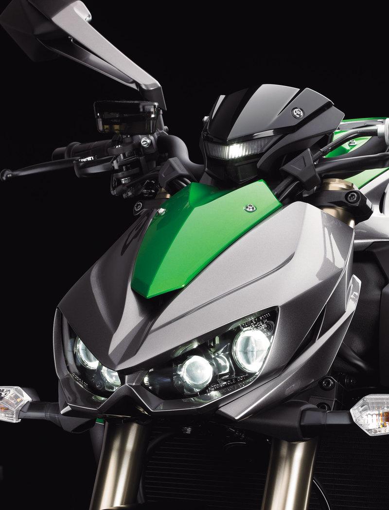 Foto Kawasaki Z 1000 2014 Detalles 9