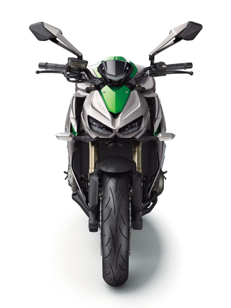 Foto Kawasaki Z 1000 2014 Frontal 18