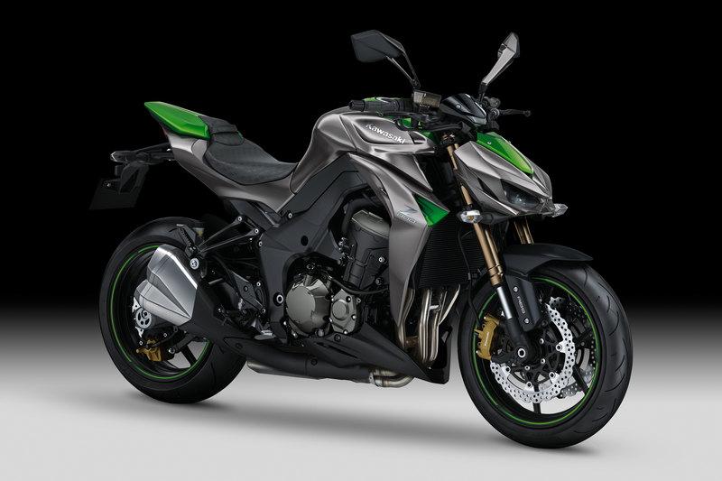 Foto Kawasaki Z 1000 2014 Frontal Derecho 22