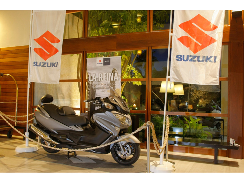 Foto Suzuki Burgman 650 Executive 2014 Exterior 77