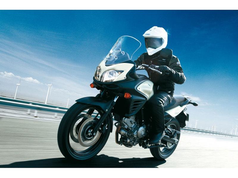 Foto Suzuki DL 650 V STROM 2013 Dinamica 17