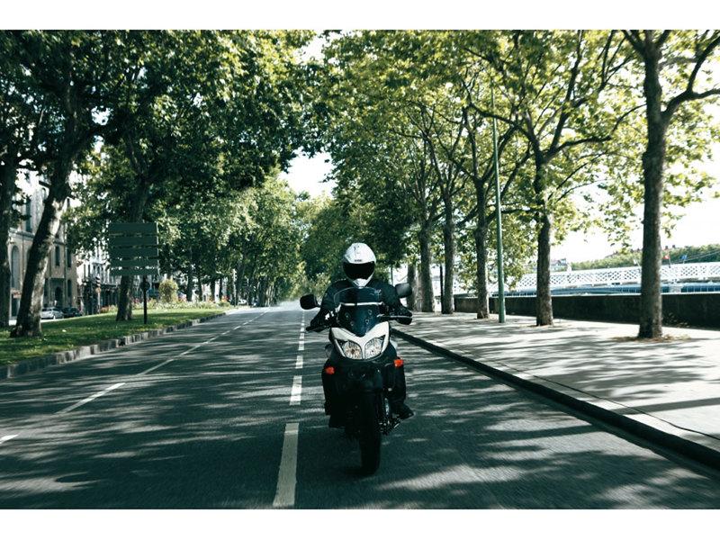 Foto Suzuki DL 650 V STROM 2013 Dinamica 24
