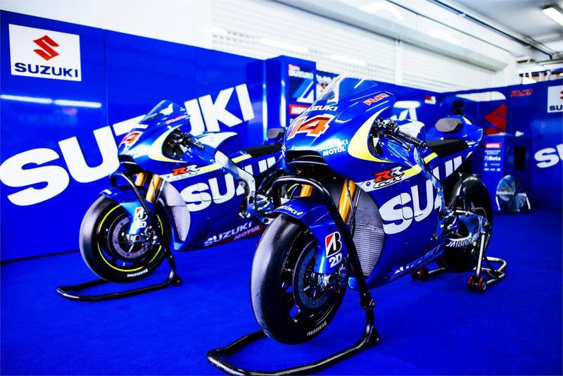 Foto Suzuki MotoGP 2015 1
