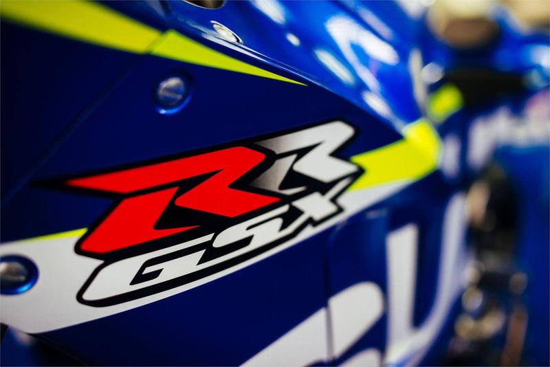 Foto Suzuki MotoGP 2015 2