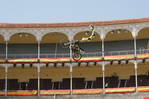Foto Red Bull X Fighter 005