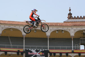 Foto Red Bull X Fighter 007