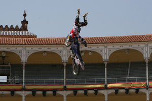 Foto Red Bull X Fighter 018