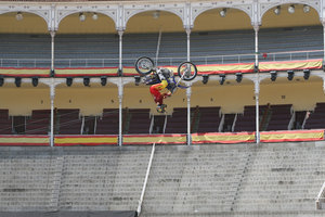Foto Red Bull X Fighter 038