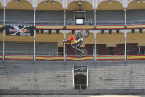 Foto Red Bull X Fighter 039