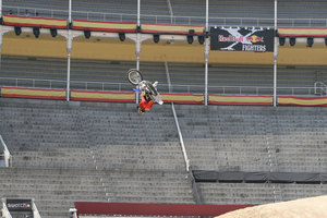 Foto Red Bull X Fighter 040