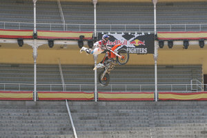 Foto Red Bull X Fighter 072