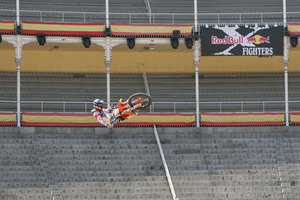 Foto Red Bull X Fighter 080