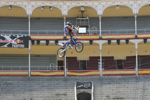 Foto Red Bull X Fighter 107