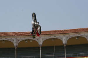 Foto Red Bull X Fighter 110
