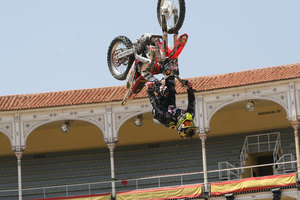 Foto Red Bull X Fighter 114