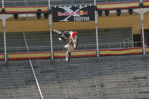 Foto Red Bull X Fighter 131