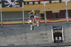Foto Red Bull X Fighter 132