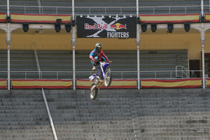 Foto Red Bull X Fighter 133