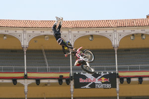 Foto Red Bull X Fighter 134