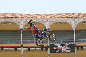 Foto Red Bull X Fighter 136
