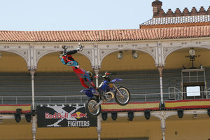 Foto Red Bull X Fighter 137