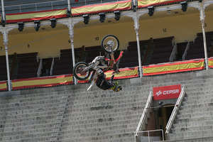 Foto Red Bull X Fighter 140