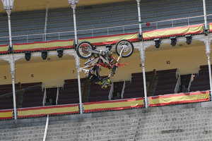 Foto Red Bull X Fighter 141