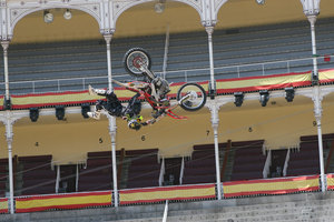 Foto Red Bull X Fighter 142