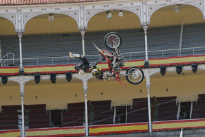 Foto Red Bull X Fighter 143