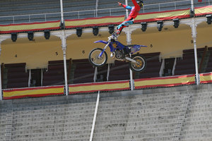 Foto Red Bull X Fighter 150