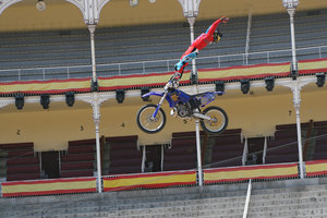 Foto Red Bull X Fighter 151