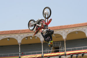 Foto Red Bull X Fighter 174