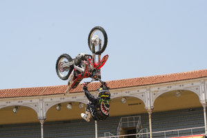 Foto Red Bull X Fighter 183
