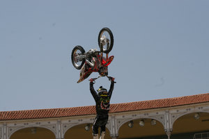 Foto Red Bull X Fighter 184