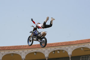 Foto Red Bull X Fighter 190