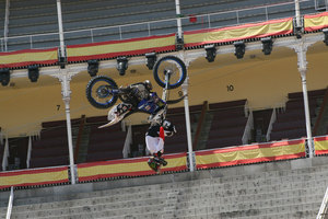 Foto Red Bull X Fighter 195