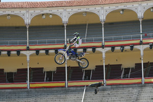 Foto Red Bull X Fighter 200