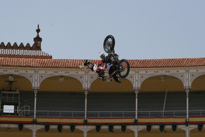 Foto Red Bull X Fighter 207