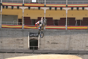 Foto Red Bull X Fighter 210