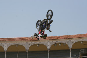 Foto Red Bull X Fighter 216