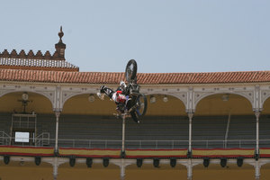 Foto Red Bull X Fighter 218