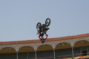 Foto Red Bull X Fighter 222