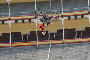 Foto Red Bull X Fighter 226