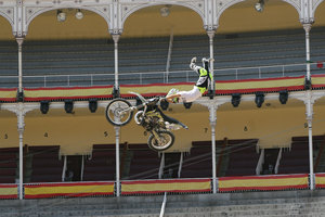 Foto Red Bull X Fighter 228