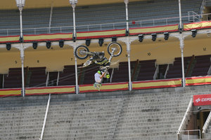 Foto Red Bull X Fighter 232